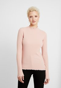 PIECES Tall - PCARDENA - T-shirt à manches longues - misty rose/white scallop - 0