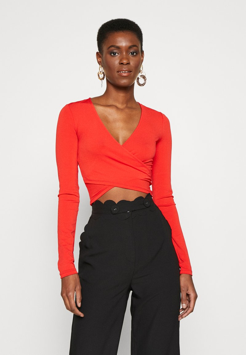 PIECES Tall - PCJIANNA CROPPED - Topper langermet - high risk red
