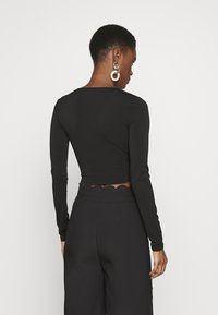 PIECES Tall - PCJIANNA CROPPED - Long sleeved top - black - 2