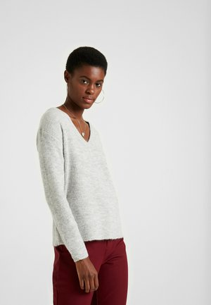 PCELLA V NECK - Strikkegenser - light grey melange