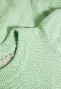 PIECES Tall - PCMASCHA O NECK TALL - Jumper - pastel green - 3