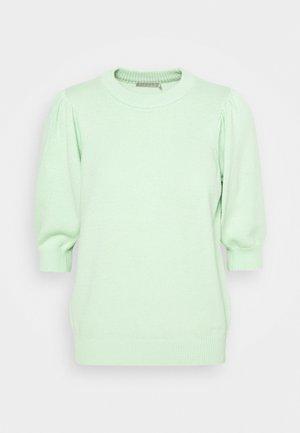 PCMASCHA O NECK TALL - Strikkegenser - pastel green