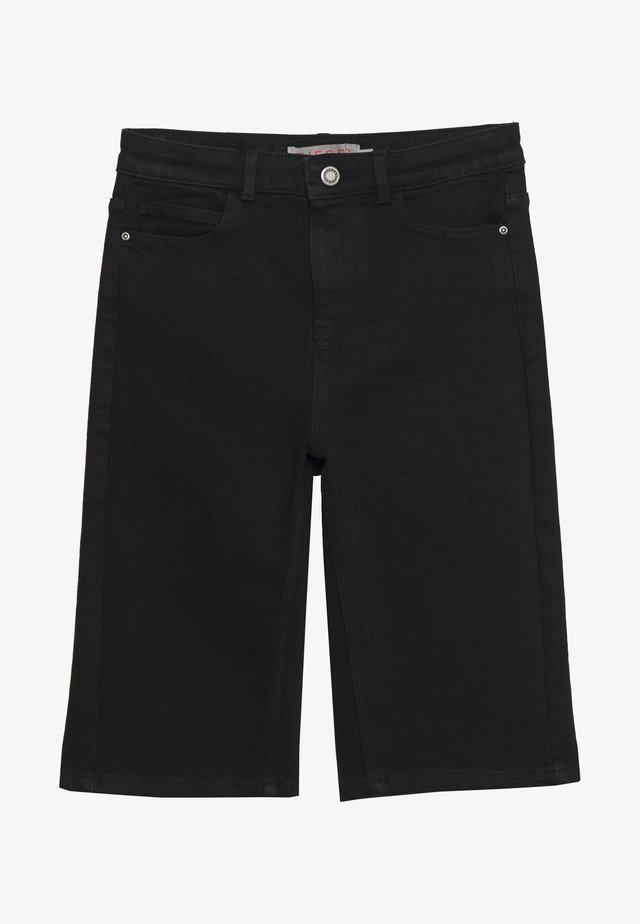 PCKAMELIA  LONG  - Jeans Short / cowboy shorts - black