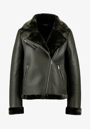 PCHARLENA AVIATOR JACKET - Faux leather jacket - forest night