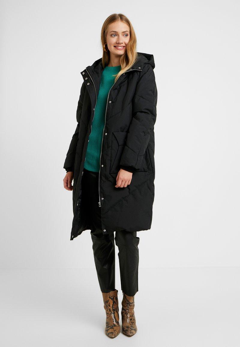PIECES Tall - PCHUE LONG PUFFER - Parka - black