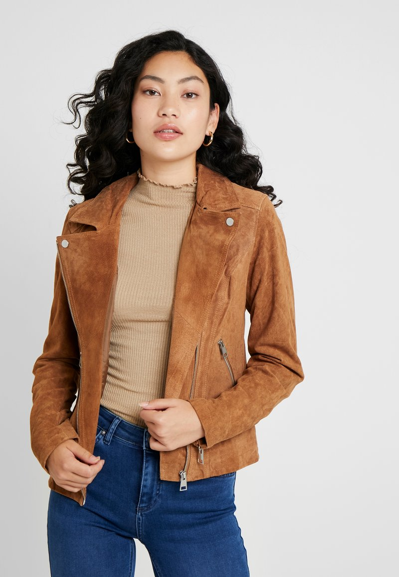 PIECES Tall - PCSUS JACKET - Leather jacket - toasted coconut