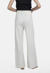 Pierre Robert - Pantalon classique - cream - 2