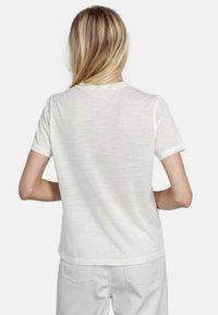 Pierre Robert - T-shirt - bas - cream - 2