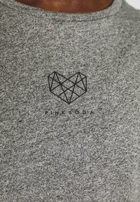 Pink Soda - BILLOW TAPE - T-shirts med print - mid grey grindle - 5