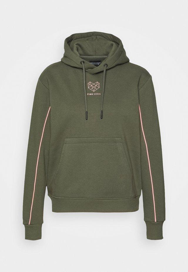 KANE BOYFRIEND HOODIE - Sweatshirt - khaki/pink