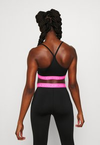 Pink Soda - KNOCKOUT BRA - Sports-BH - black/pink - 2