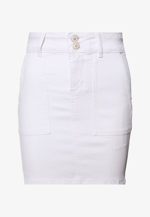 PCAVIA SKIRT BOX CAMP - Jupe en jean - bright white