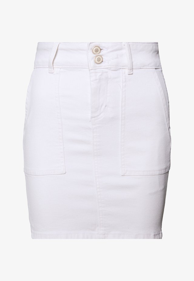 PCAVIA SKIRT BOX CAMP - Jeansskjørt - bright white