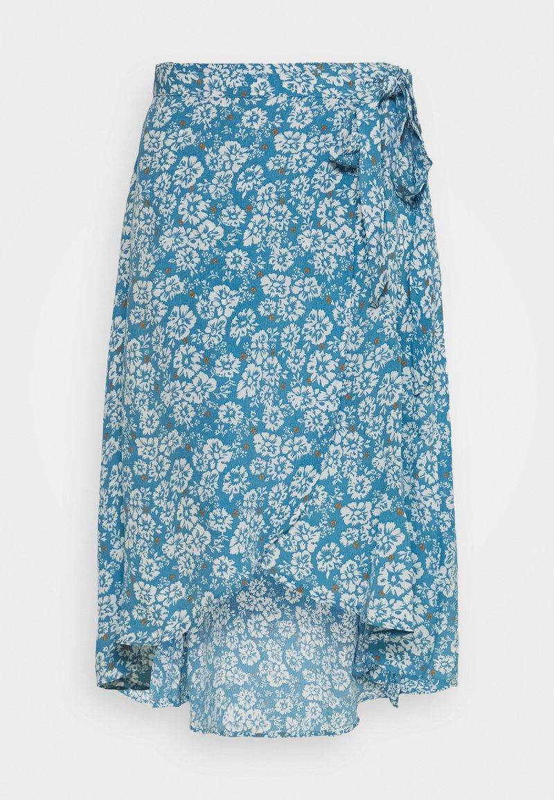 Pieces Petite - PCMAEVE WRAP MIDI SKIRT - A-line skirt - lichen blue
