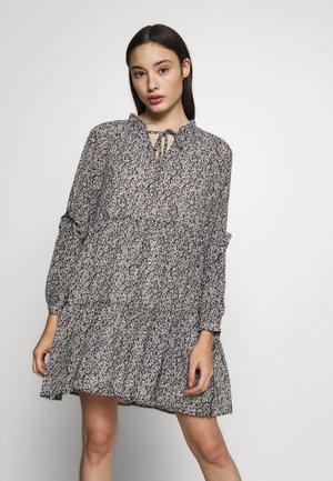 PCARLIA DRESS IF - Korte jurk - black