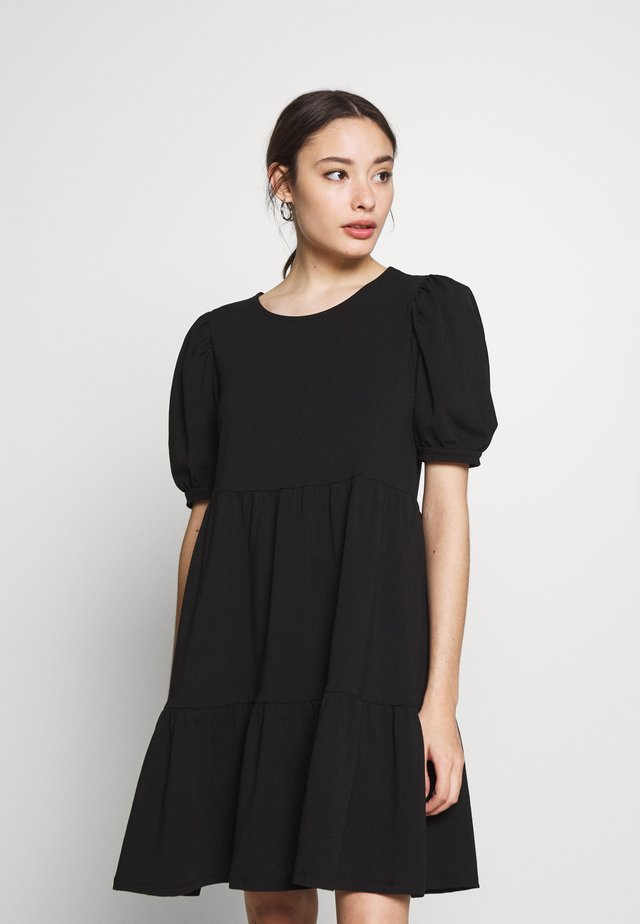 PCTERESE DRESS - Žerzejové šaty - black