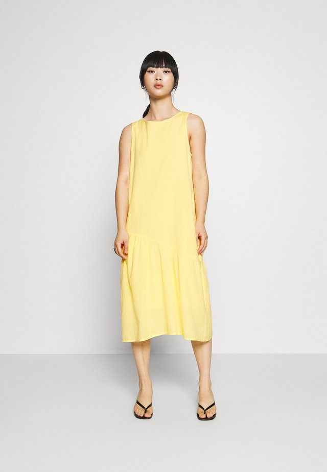 PCALINEN MIDI DRESS - Day dress - popcorn