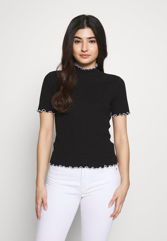 PCARDENA - T-shirt z nadrukiem - black/white scallop
