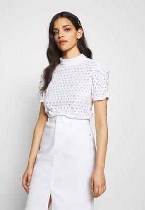 PCCHRISTY  - T-shirt imprimé - bright white