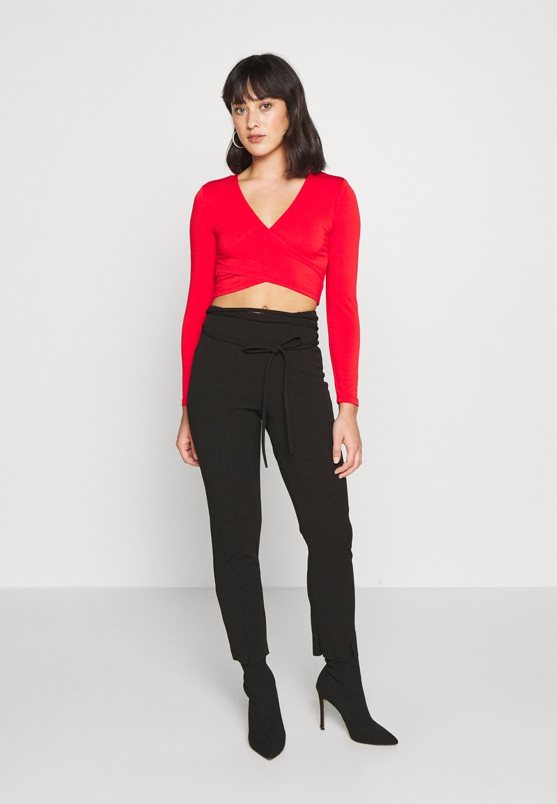 Pieces Petite - PCJIANNA CROPPED - Topper langermet - high risk red