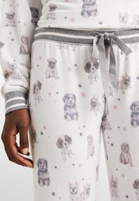 PJ Salvage - SET - Pyjama - off-white - 5