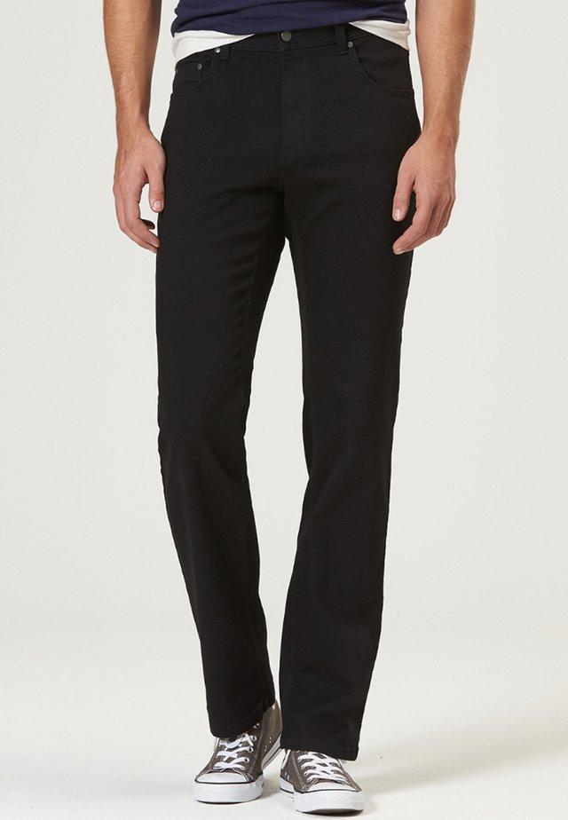 HERREN MEGAFLEX RANDO - Straight leg jeans - black