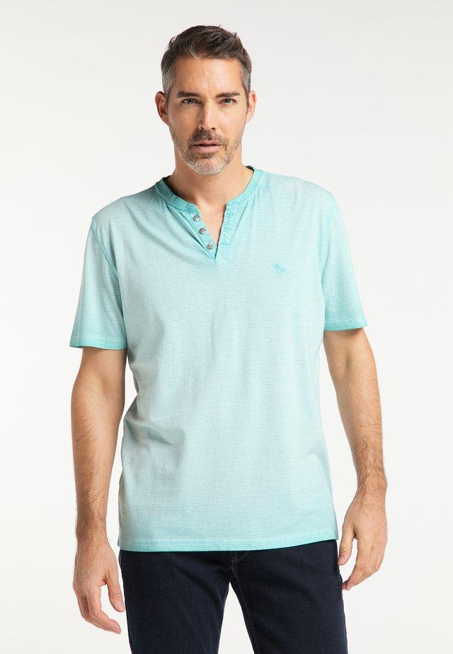 HENLEY ÜBERGRÖSSE - T-Shirt print - aquamarine