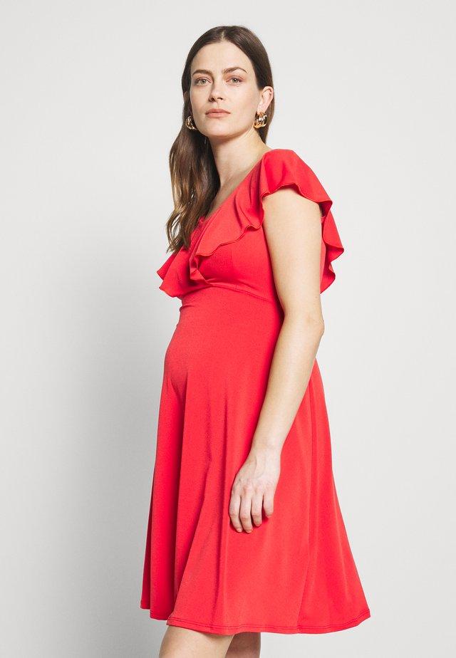 DARIA - Jersey dress - coral