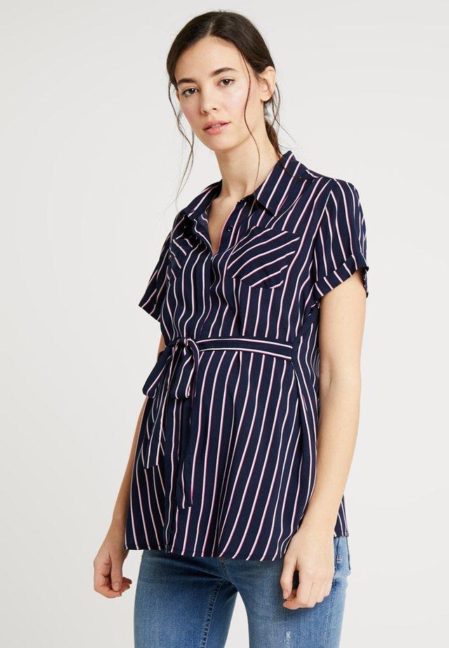 LAURANNE - Button-down blouse - blue/pink