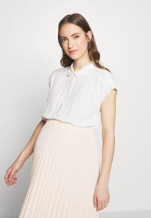 FRÉDÉRIQUE - Camisa - white