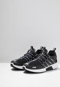 Plein Sport - Sneakers laag - black - 2
