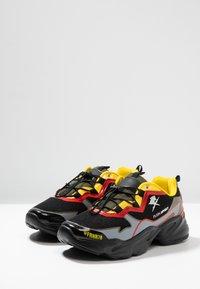 Plein Sport - Sneakers laag - red/black - 2