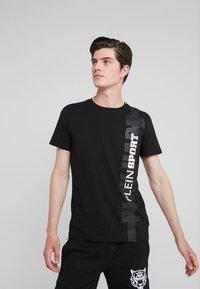 Plein Sport - T-shirt print - black - 0