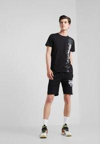 Plein Sport - T-shirt print - black - 1