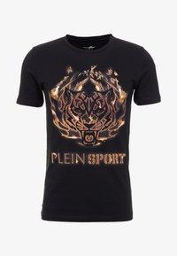 Plein Sport - ROUND NECK TIGER - T-shirt med print - black - 3