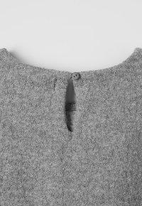 Play Up - PLUSH DRESS - Sukienka letnia - grey - 2