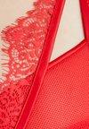 Playful Promises - ZOYA PLUNGE BRA - Sujetador con aros - red