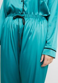 Playful Promises - WITH CONTRAST PIPING SET - Pyjama set - teal - 5