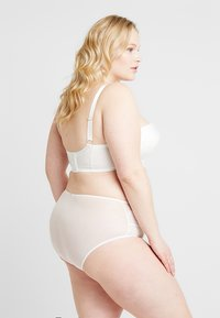Playful Promises - GABI FRESH HIGH WAIST BRIEF - Slip - ivory - 2