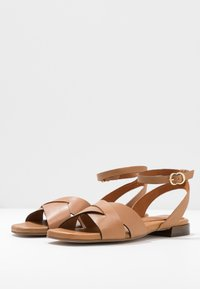 Pedro Miralles - Sandals - nature - 4