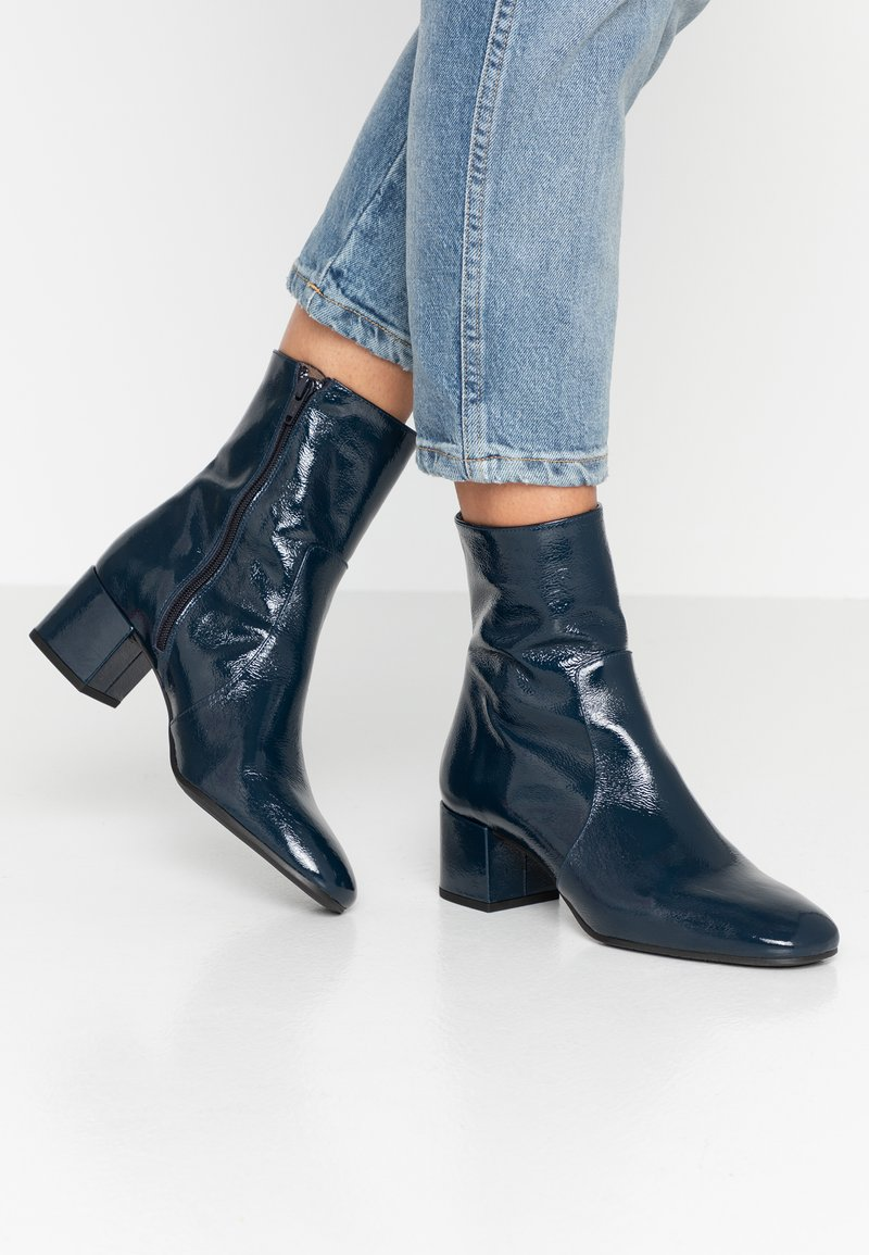 Pedro Miralles - Classic ankle boots - navy