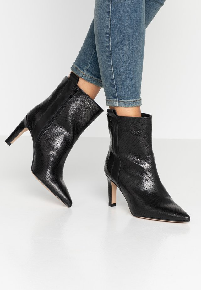 Stiefelette - diamante nero