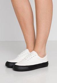 Polo Ralph Lauren - BRYN - Sneaker low - white - 0