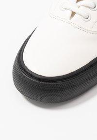 Polo Ralph Lauren - BRYN - Sneaker low - white - 2