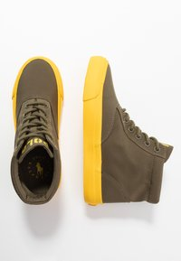 Polo Ralph Lauren - Sneakers alte - military/yellow - 3