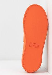 Polo Ralph Lauren - BRYN - Tenisky - khaki/dusk orange - 6