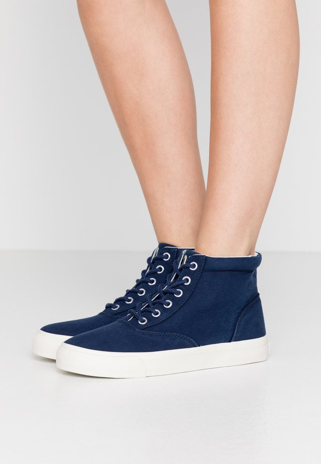 BRYN - Sneakers high - newport navy