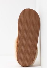 Polo Ralph Lauren - CHARLOTTE  - Tohvelit - snuff/cream - 6