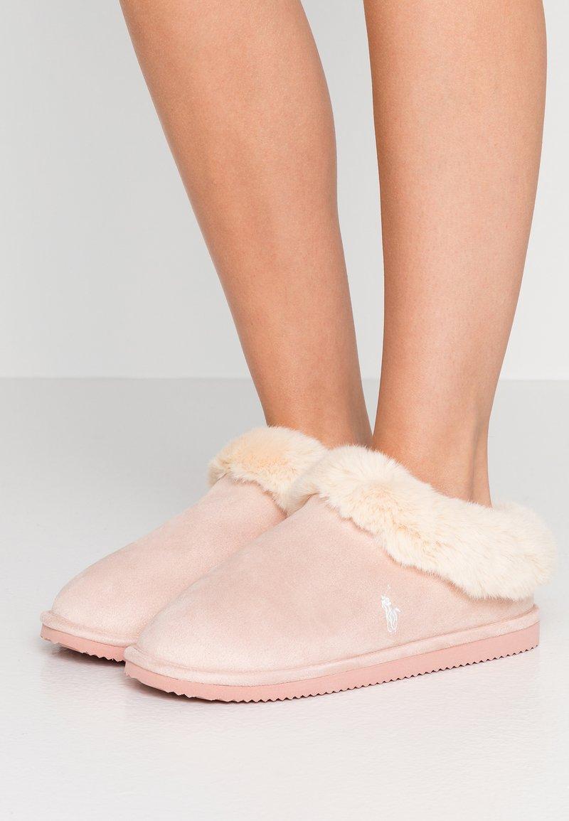 Polo Ralph Lauren - CHARLOTTE  - Domácí obuv - pink/cream