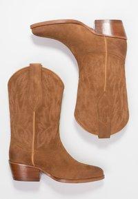 Polo Ralph Lauren - DAYNA - Stivali texani / biker - natural amber - 3